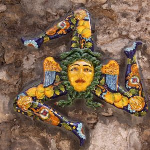 TRINACRIA, Name und Symbol Siziliens